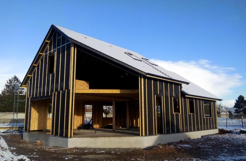 CONSTRUCTION D'UNE MAISON A OSSATURE BOIS BIOCLIMATIQUE en cours de travaux - 13 janvier 2017