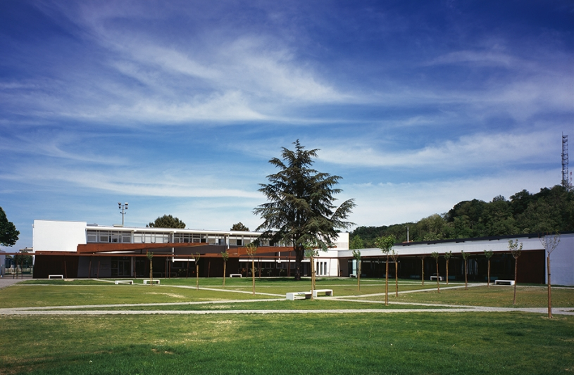 Collège Bétance. Photographie Studio ZE