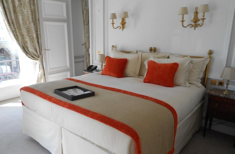 Dirim architecture / Hotel Regina / suite