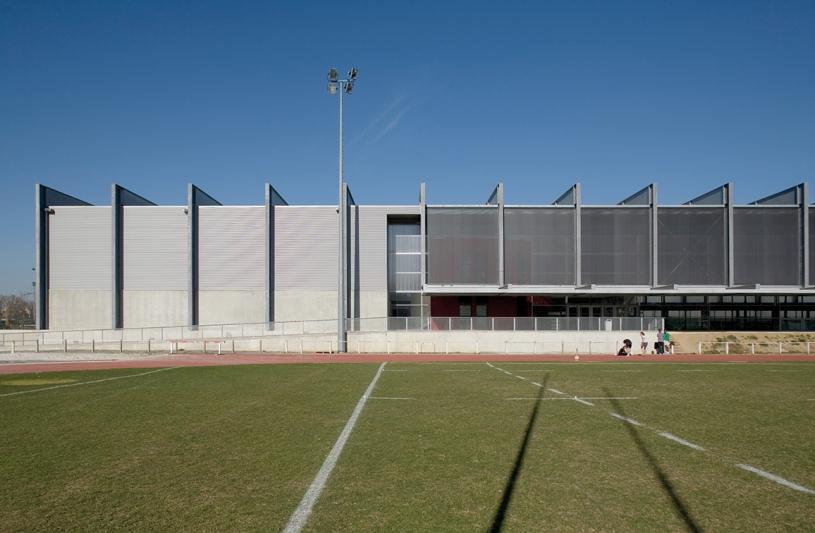 Halle de sport Daniel Faucher. Photographie Jérôme Ricolleau