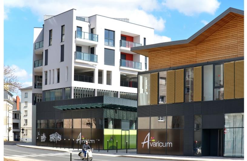 Quartier Avaricum à Bourges / Logements de l'accession 1 et centre commercial