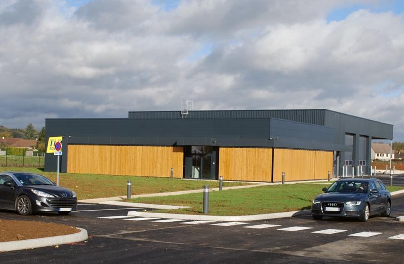 Atelier de Maintenance et bureaux de la société TLR à Marolles-sur-Seine (77)