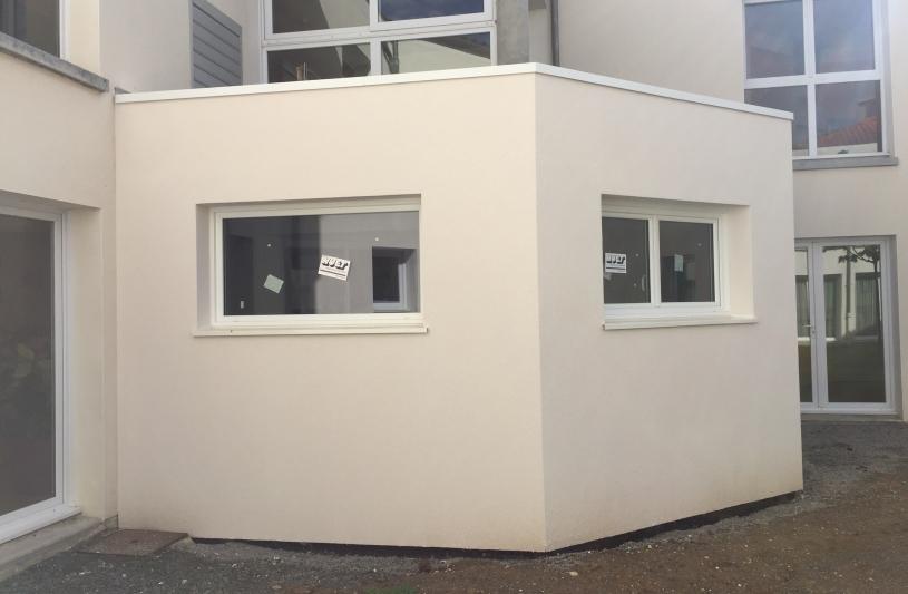 Espace accueil côté cour intérieur