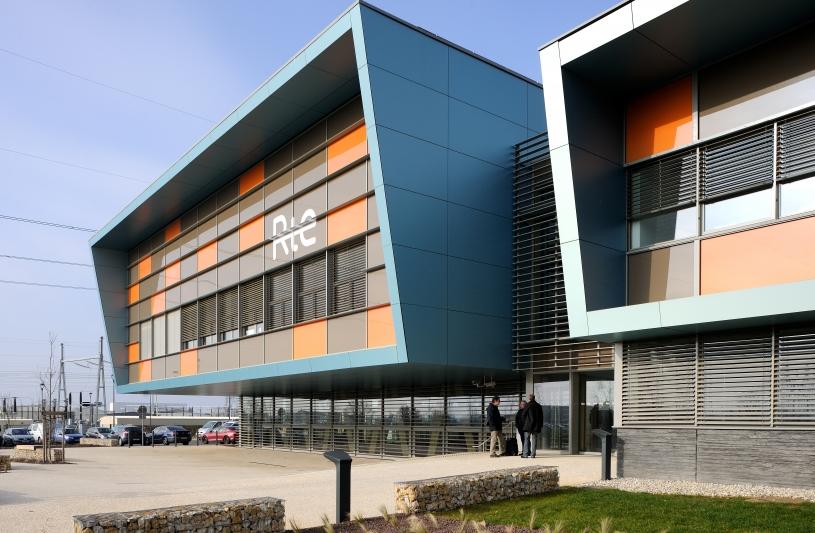 Centre de formation national RTE à Meyzieu - Archigroup Architectes - façade