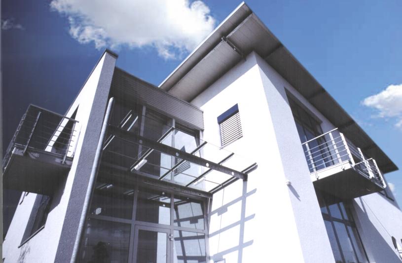 Construction en maçonnerie, détails en structure légère d'acier