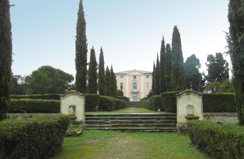 Restauration du parc d'un château, en site classé.