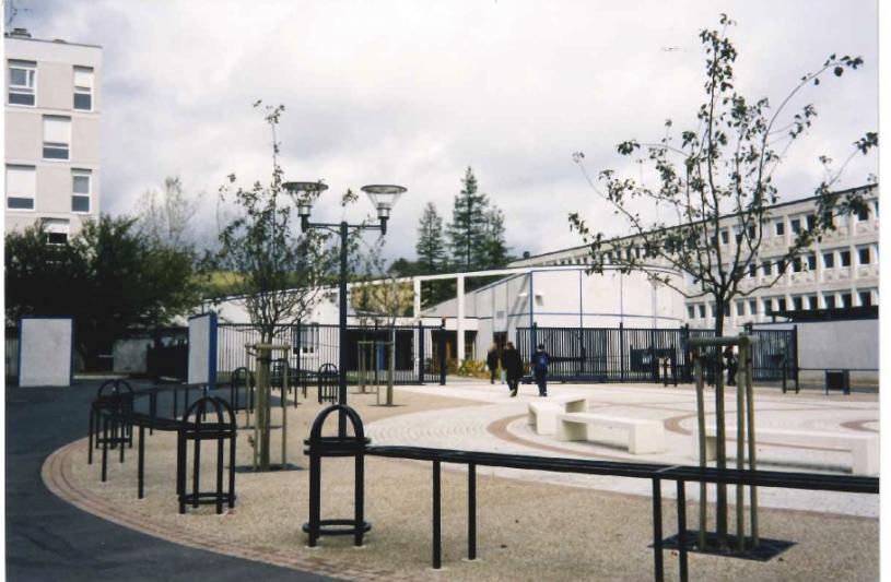 Lycée Ronsard - aménagement de la place