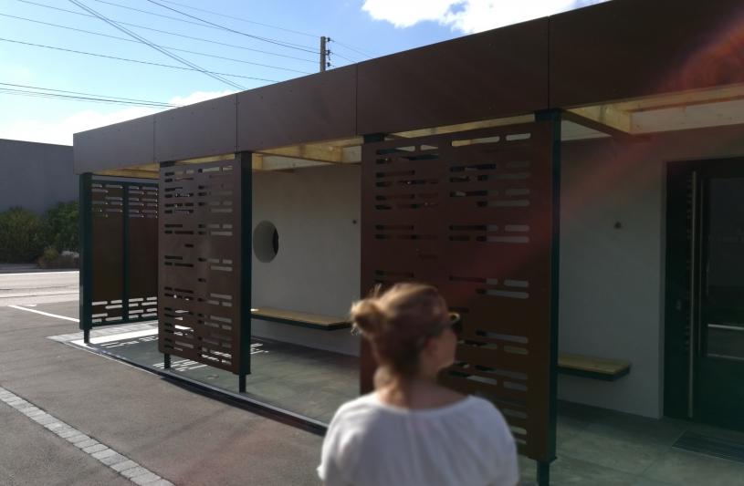 auvent d'accueil, espaces dédiés au public