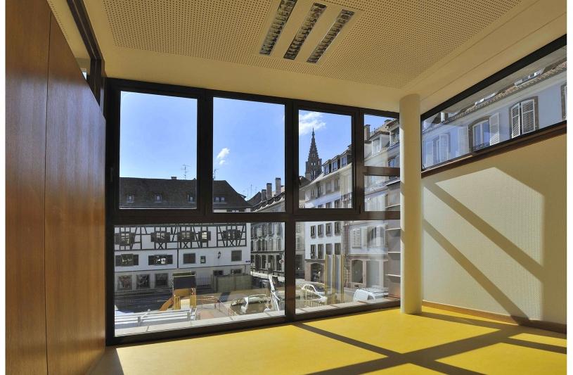 Coût de construction: 0,75M€ H.T. - SHON: 250 m2
