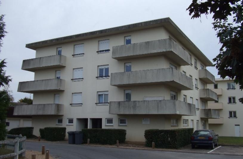 immeuble Ouzouer