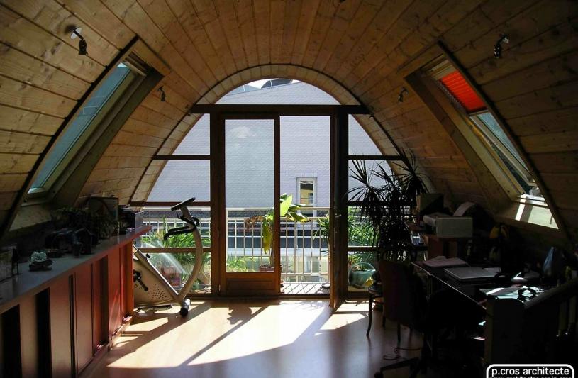 Le principe de la toiture-enveloppe courbe repose tout d'abord sur l'optimisation du rapport entre un volume habitable maximal et une surface minimale d'échanges thermiques avec l'extérieur.