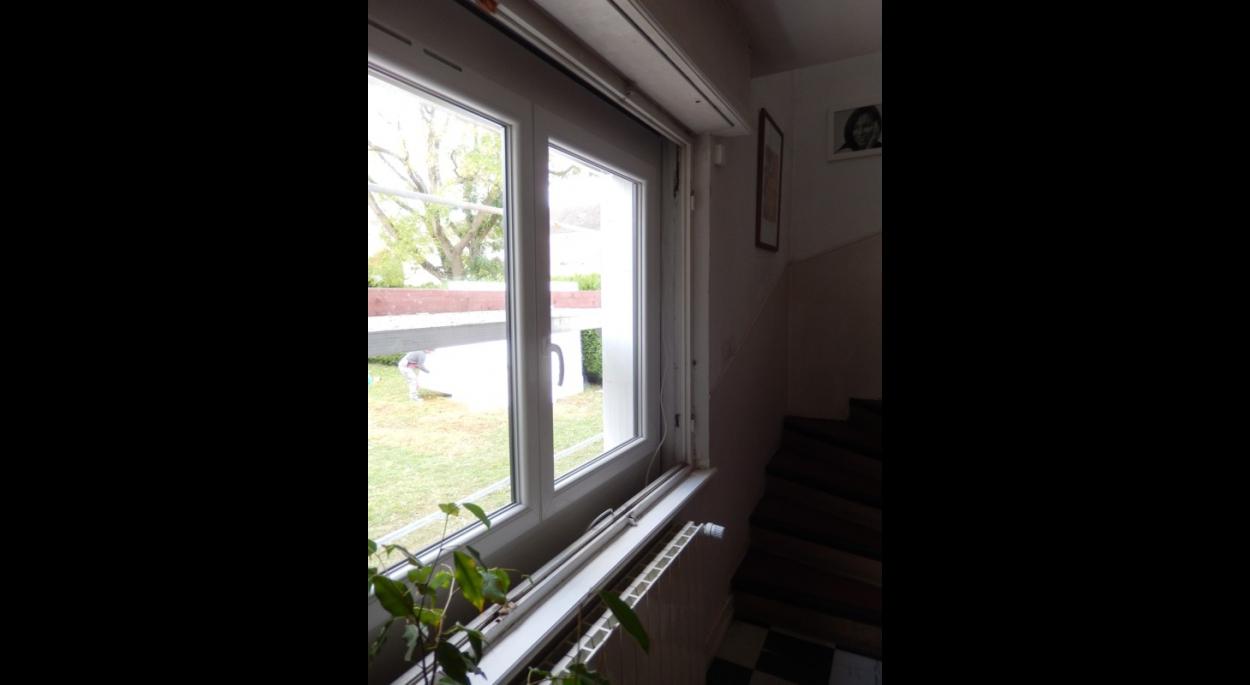 Mode de pose des nouvelles fenêtres. Il manque sur l'image le cache périphérique