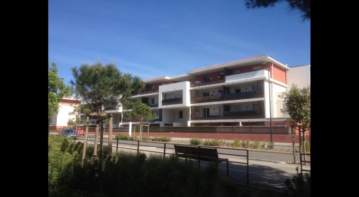 Christophe Caire Architecture 82 Logements Pergaud La Seyne