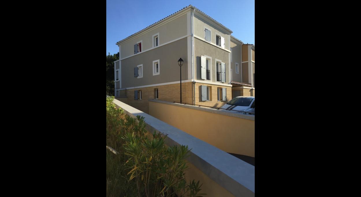 Christophe Caire Architecture 33 Logements Rognes
