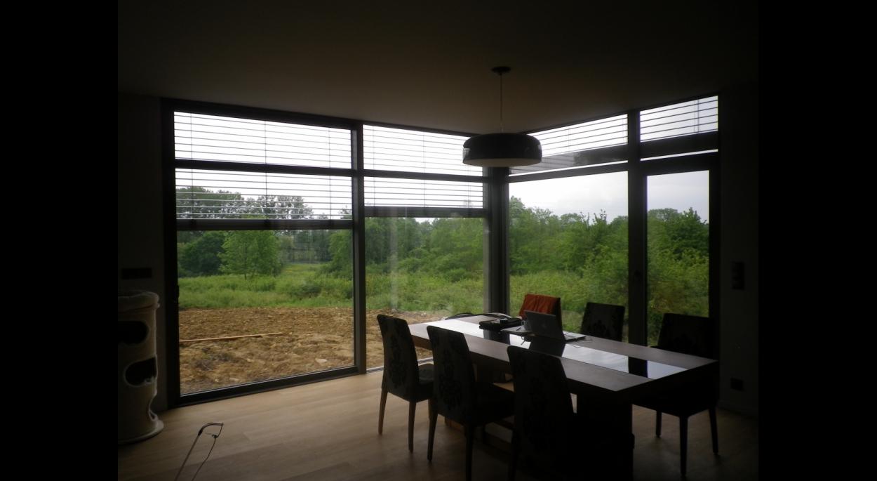 maison ossature bois, contemporaine, angle vitré, menuiseries extérieures aluminium