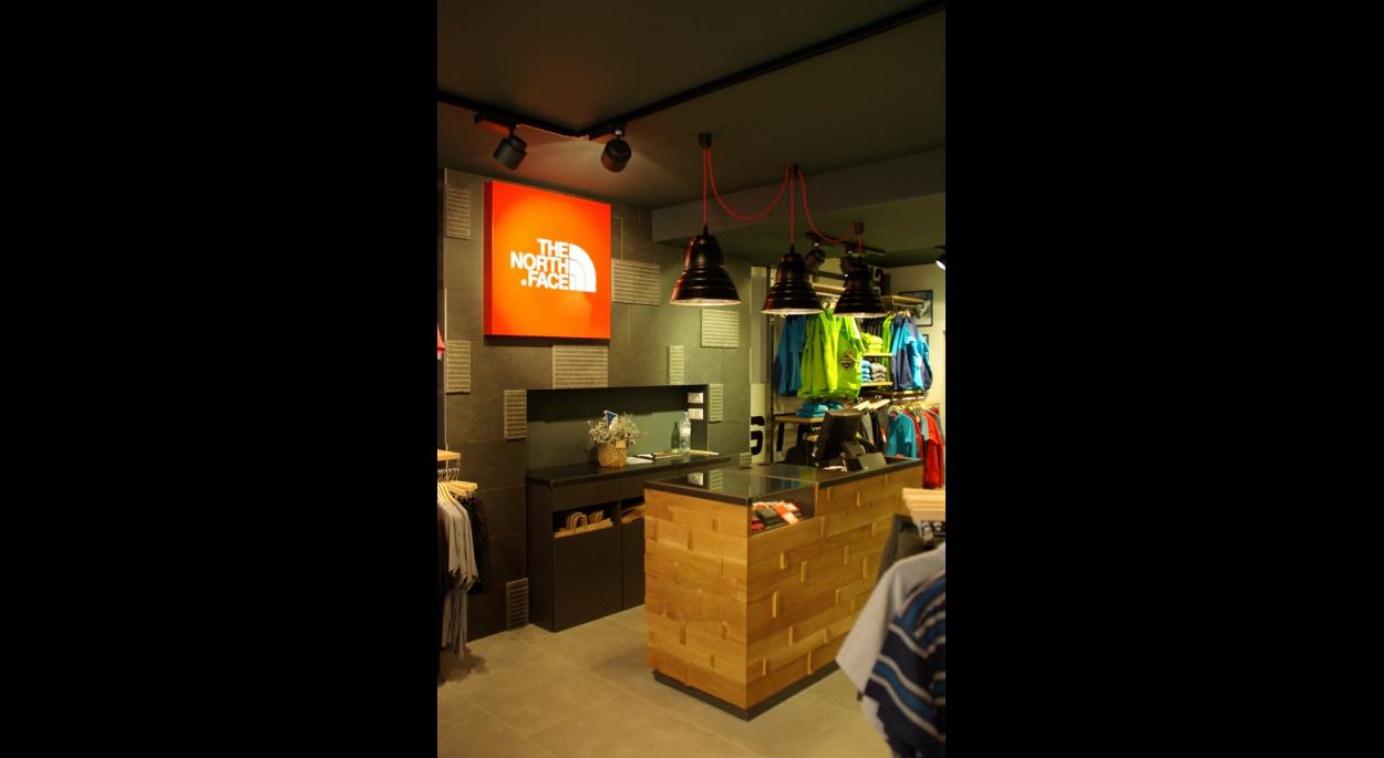 Aménagement d'une boutique The North Face à STRASBOURG (67)