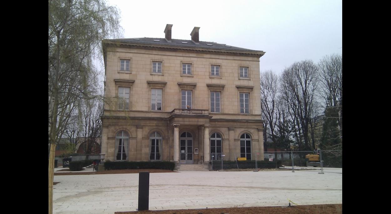Vue générale avant travaux du Château de St. Ouen