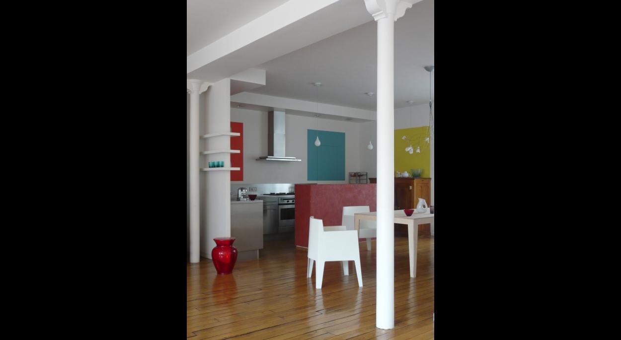Vers la cuisine. Appartement RV / ARCHI-V.O