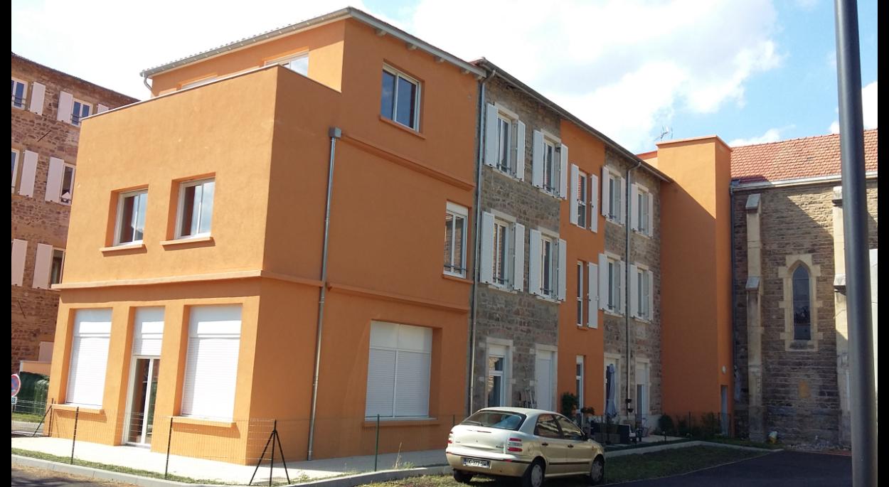 Réhabilitation d'une ancienne maison de retraite en plateaux de logements