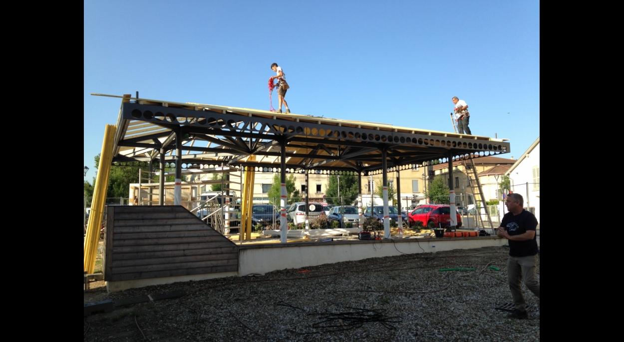Construction d'une halle Place Jean Flacher