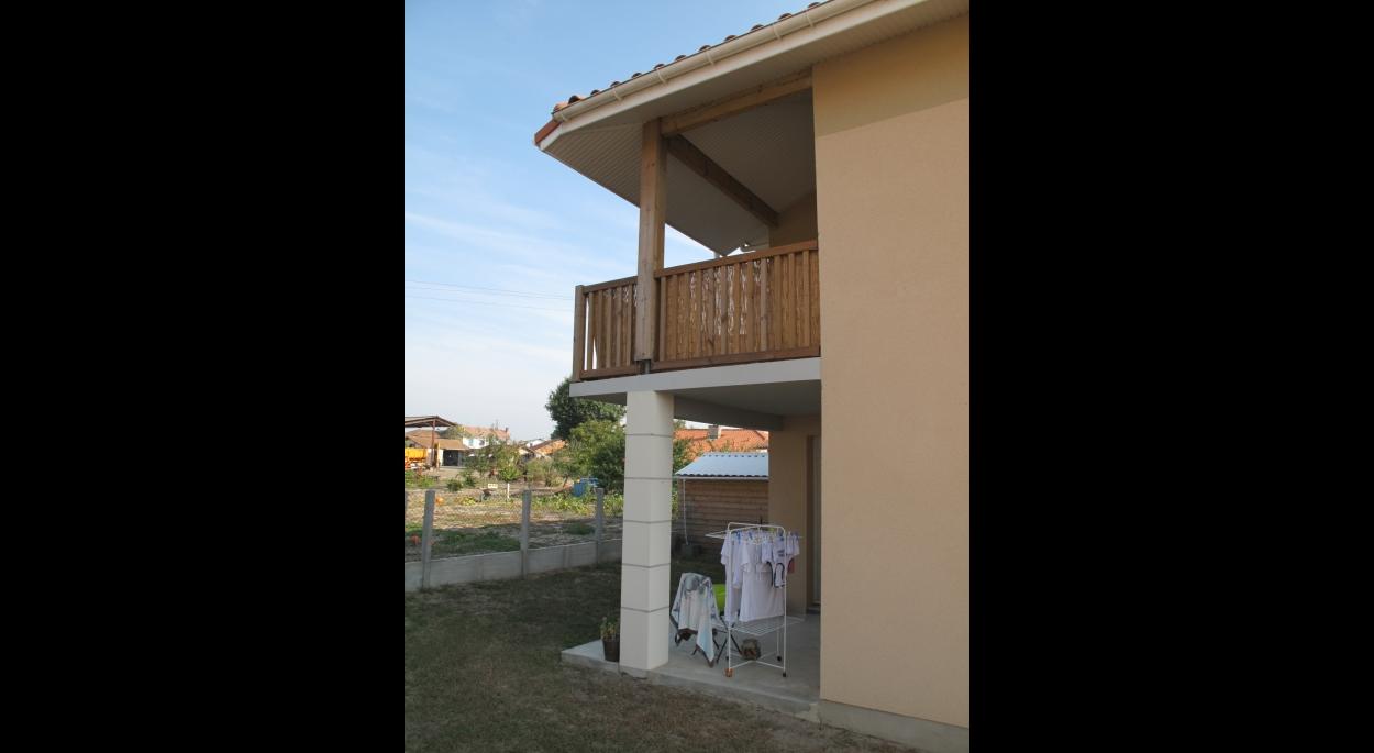 Détail terrasse et balcon