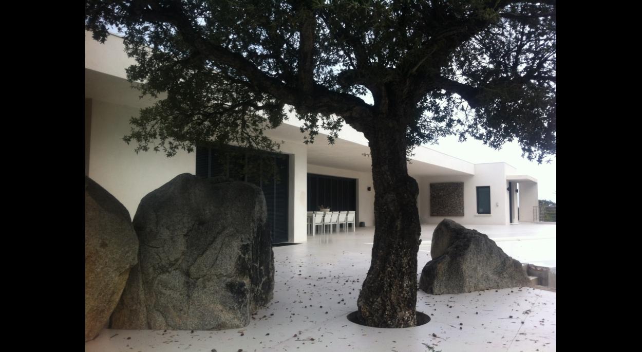 villa contemporaine sainte lucie de porto vecchio corse du sud pinarello terrasse piscine