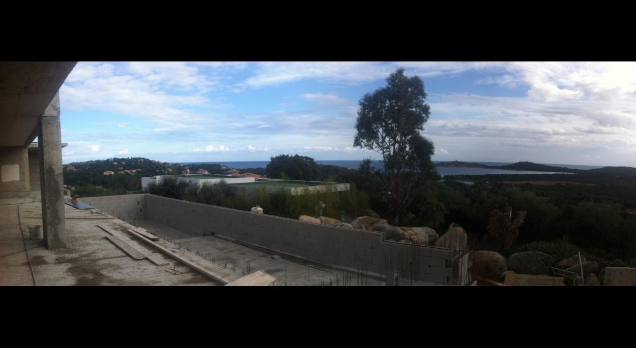 villa contemporaine corse du sud vue piscine terrasse baie de Pinarello corse du sud