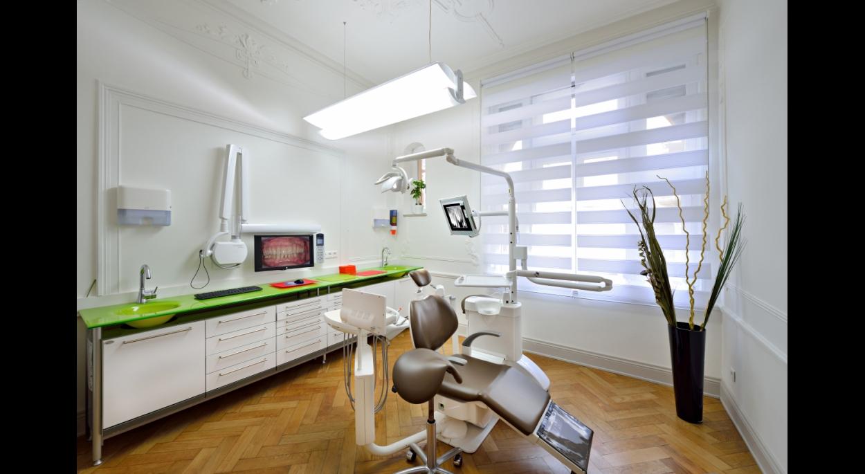 Cabinet Dentaire 'Krumeich' 02