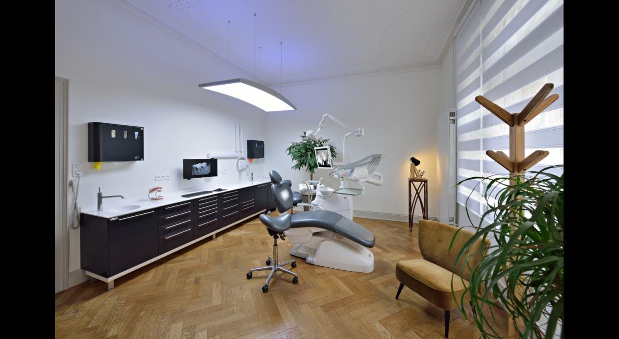 Cabinet Dentaire 'Krumeich' 03