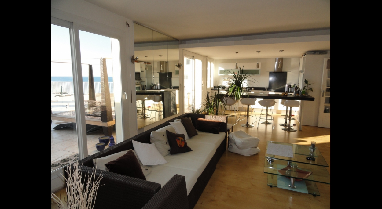 appartement en bord de mer empreinte d 39 architecture montpellier h rault ordre des. Black Bedroom Furniture Sets. Home Design Ideas