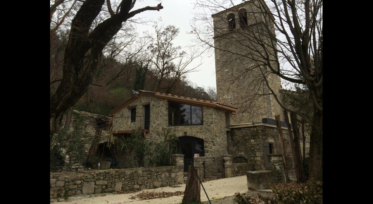 Extension et réhabilitation maison en pierre Chateauneuf de Mazenc Ballay Architecte