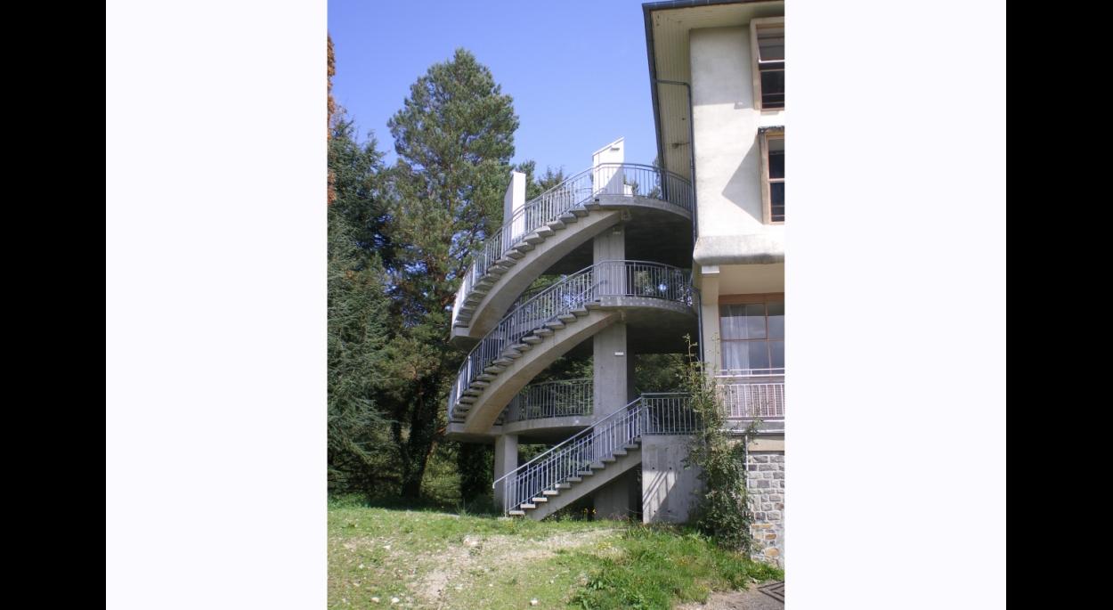 Construction Parasismique Escaliers Sismique Tourisme