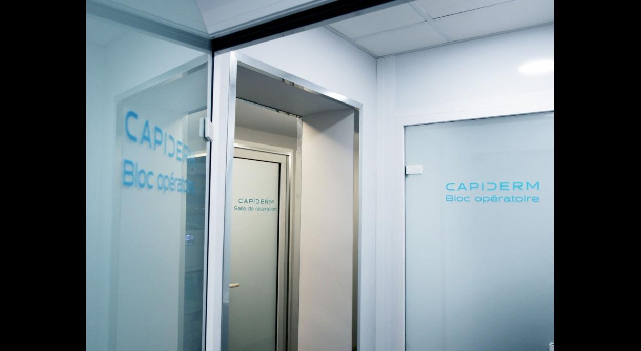 Clinique Capiderm - Dégagement