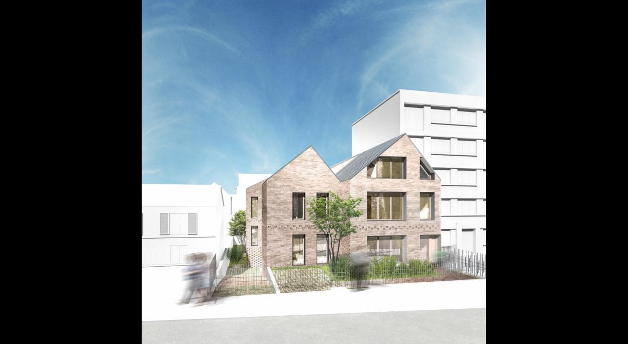 Vue depuis la rue. Les façades sur rue sont composées comme des dialogues avec les bâtiments voisins : fenêtres simples de la maison individuelle d'un côté, triple baie de l'im- meuble de logements de l'autre.