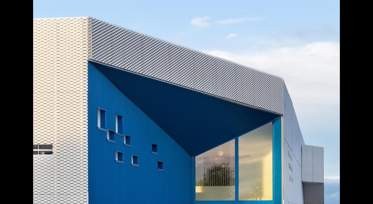 HE17 - MORE Architecture