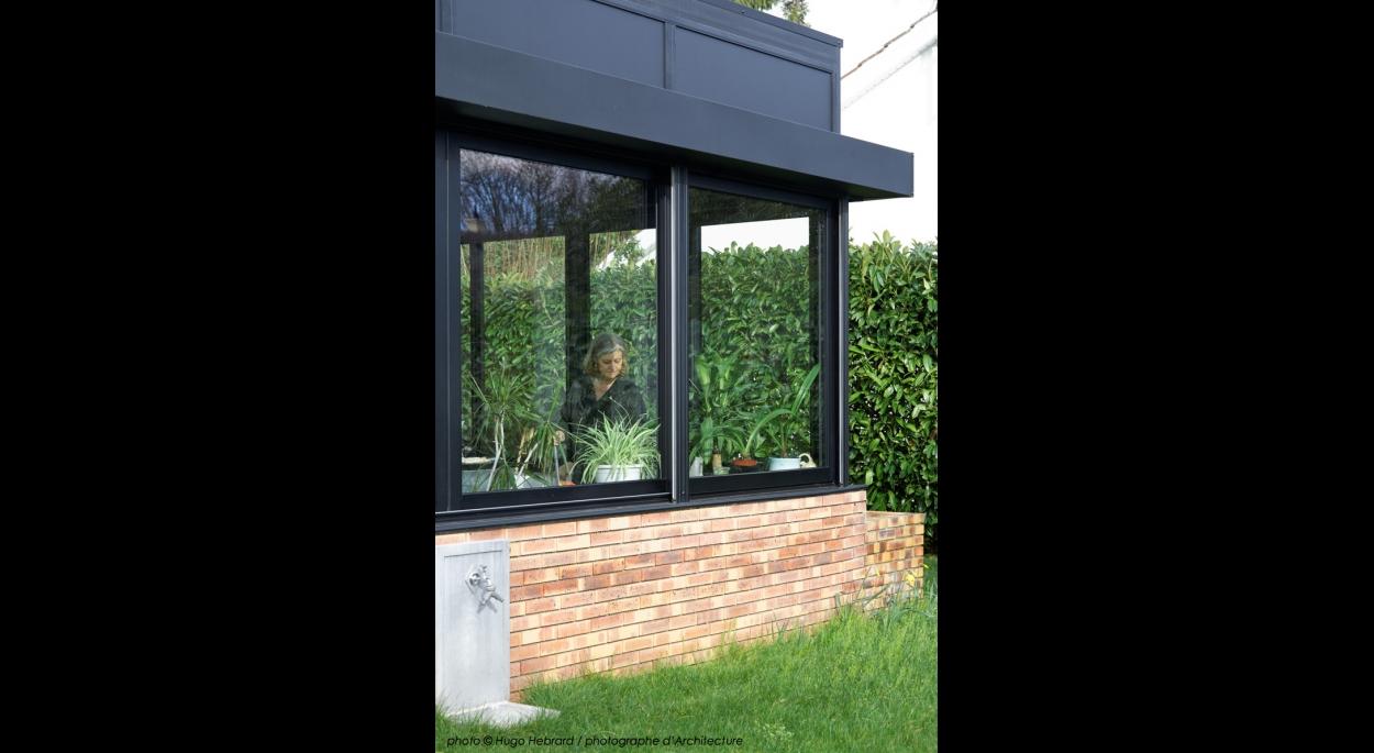 extension, véranda, cuisine, brique, menuiseries aluminium, transparence
