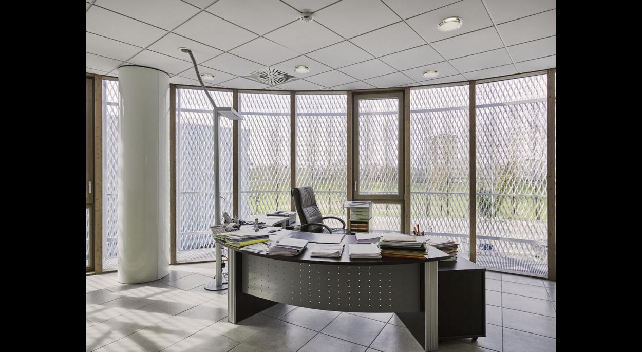 Show room et bureaux comptoir des fers sarl naos atelier d 39 architecture chalon sur saone - Comptoir des fer et metaux luxembourg ...