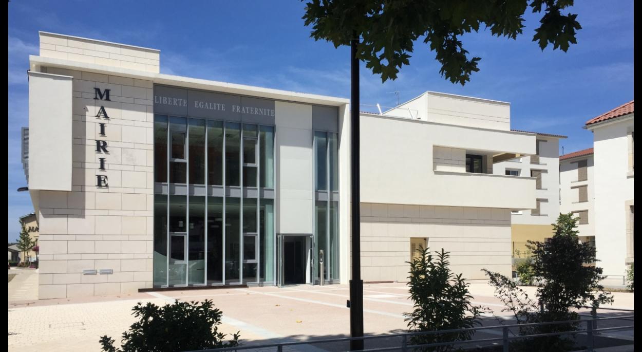 la mairie de Dagneux