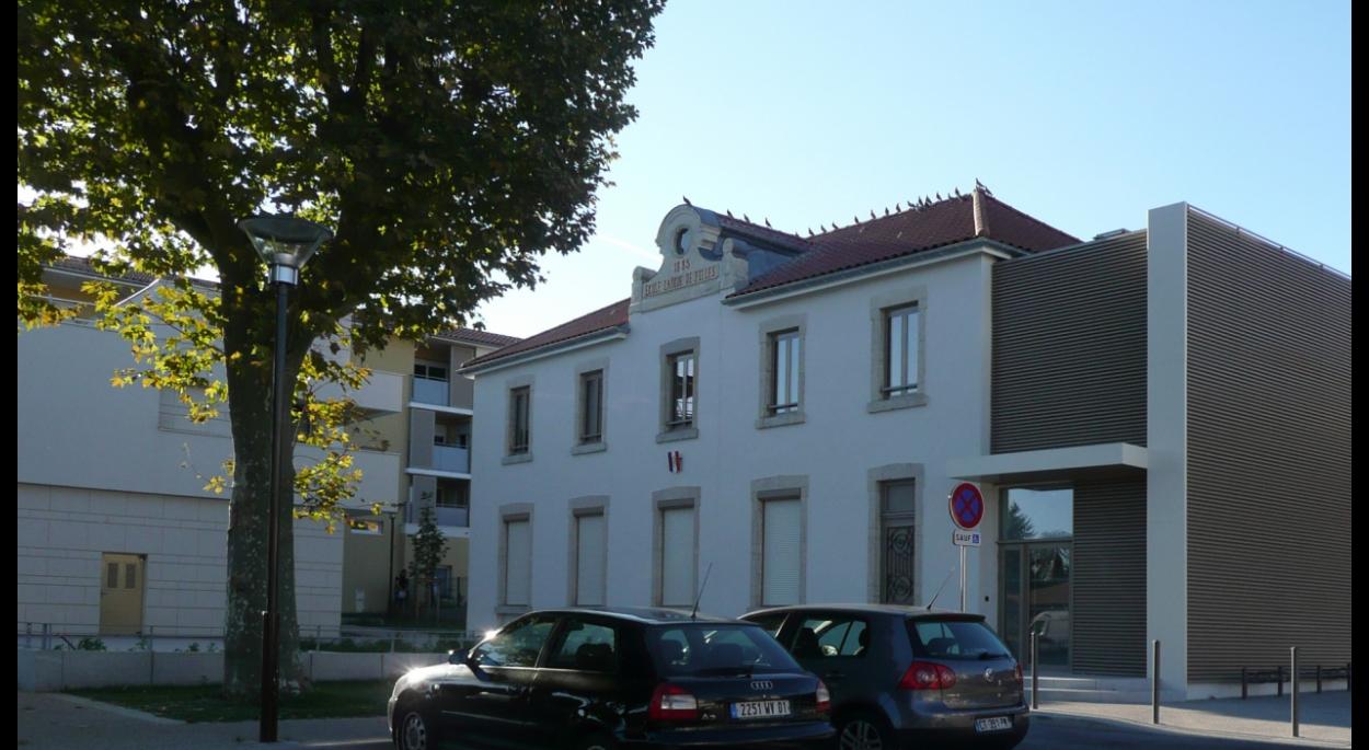 l'ancienne école des filles de Dagneux rénovée