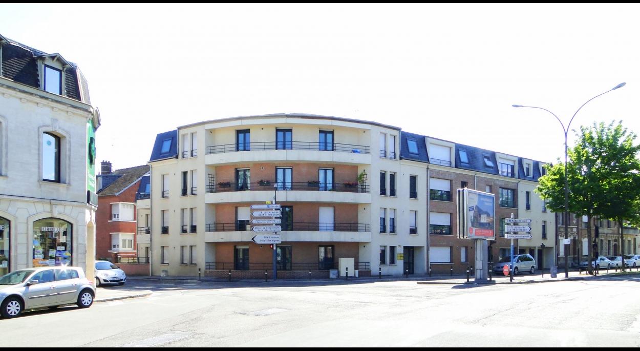 Croisement entre les Boulevards de St Quentin, de Bapaume et la Rue St Fuscien
