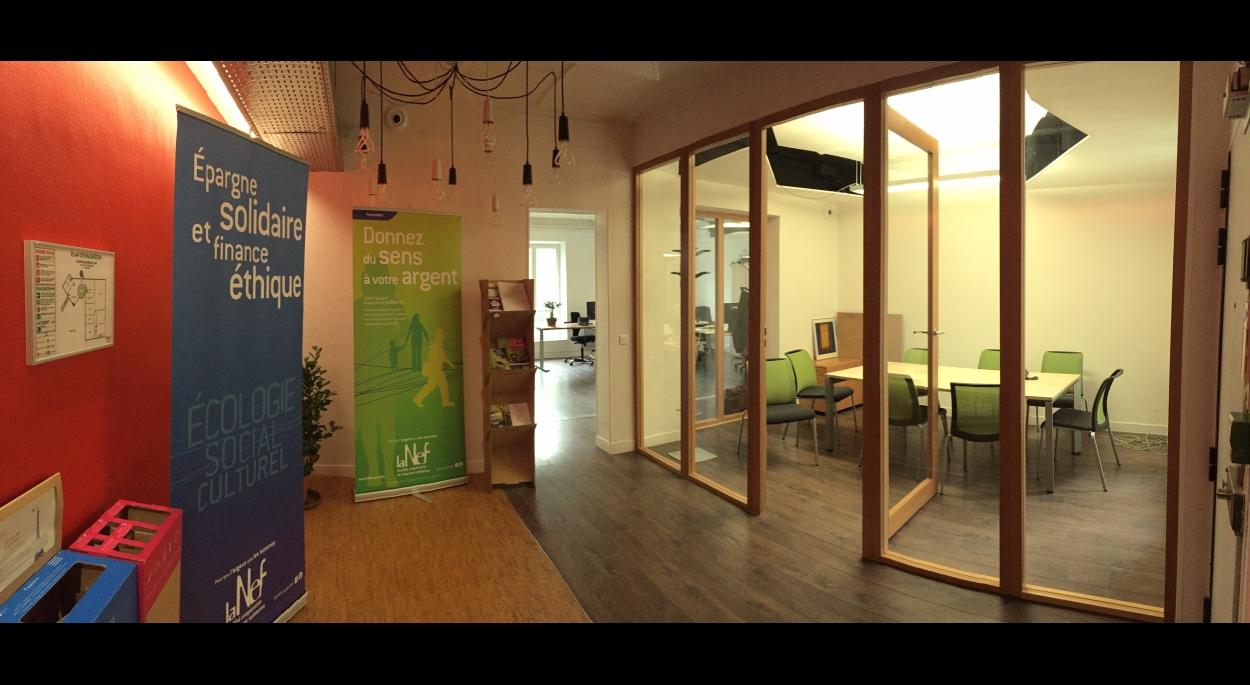 Hall d'accueil et salle de réunion