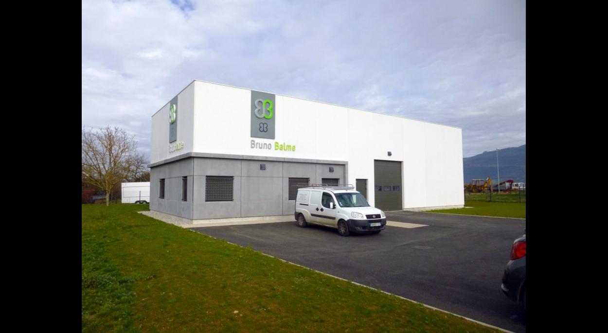 Façade principale - LAVEBA - Adhoc Architecture - Jean Michel Costaz