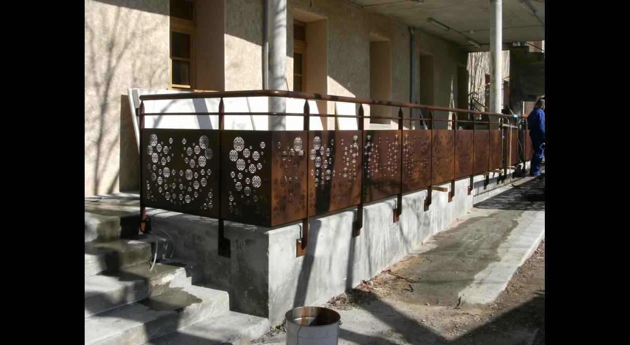 Passerelle et terrasse