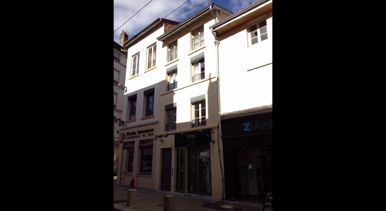 Reconstruction de l'immeuble à l'identique de l'existant avec intégration des nouvelles normes de construction