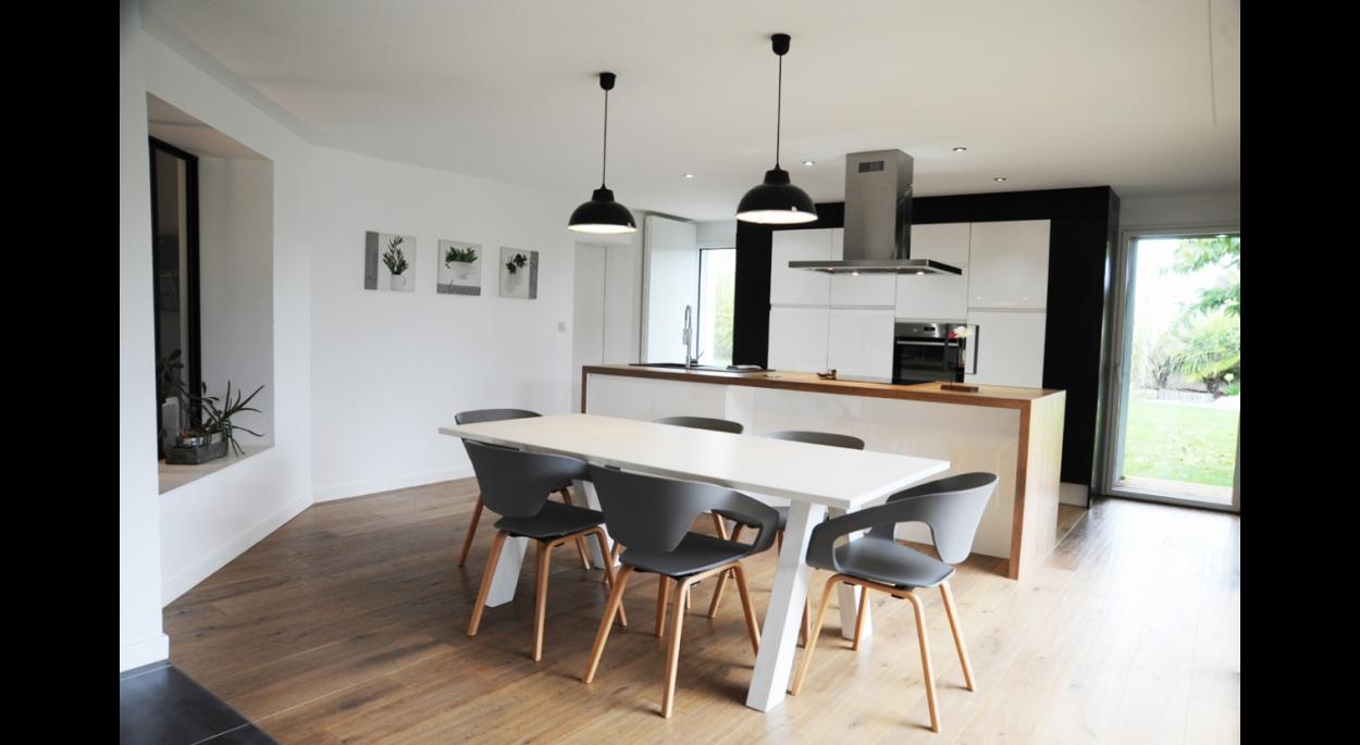 Extension d'une maison traditionnelle à Gétigné. architecte : Atelier 14 (CLISSON)