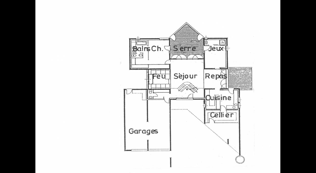 Le plan du rez de chaussée, en croix, des blocs