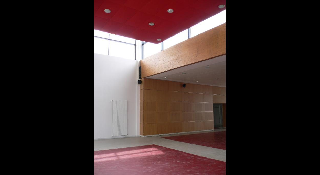 Complexe associatif, culturel et sportif PSA par SLA Architecture