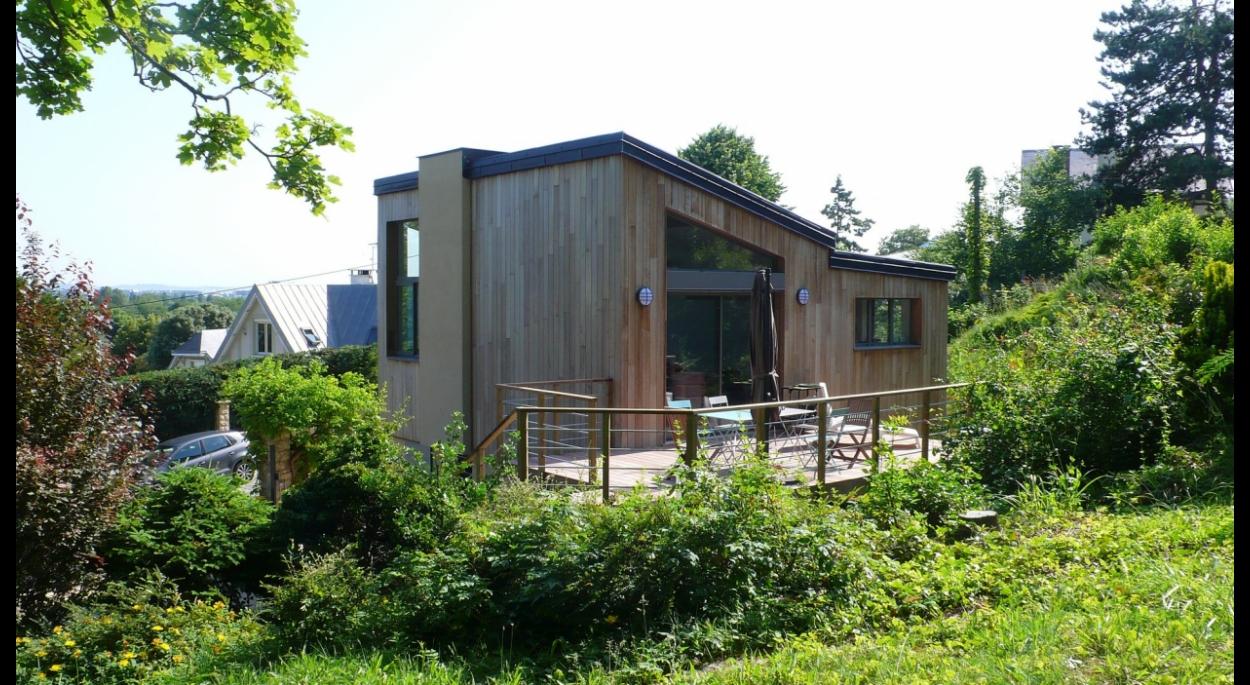 terrasse en bois / bardage bois sur isolation thermique extérieure
