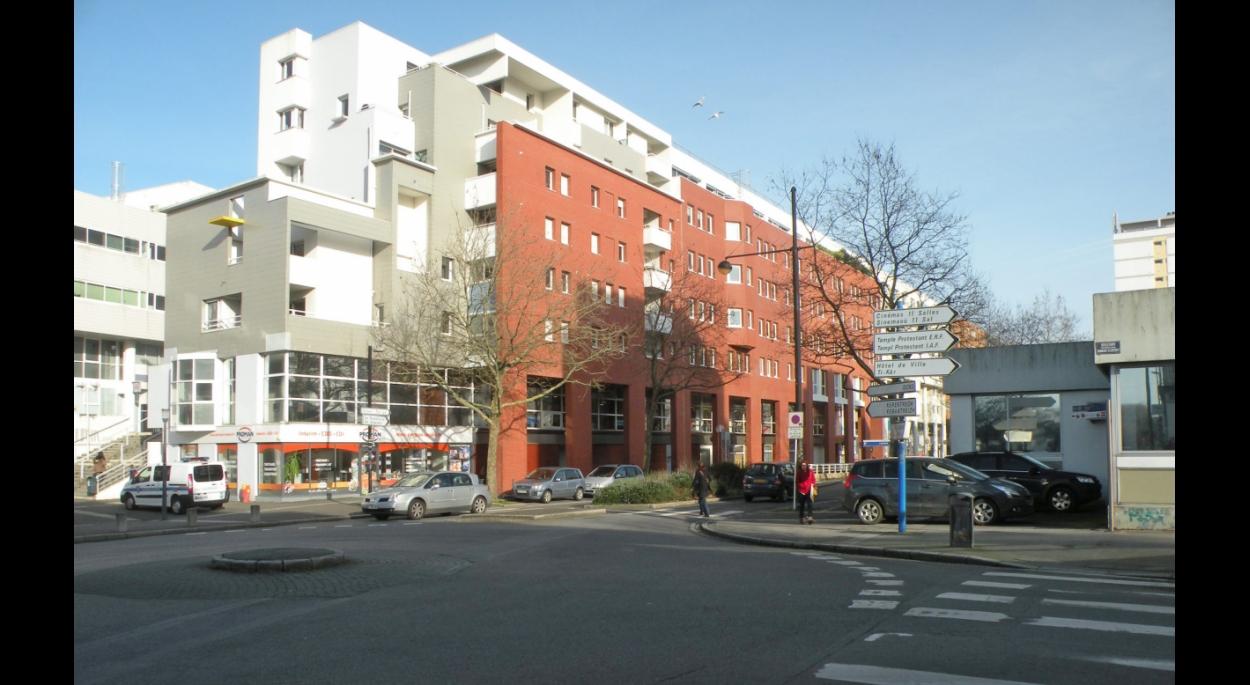 Immeuble sur le boulevard Cosmao-Dumanoir