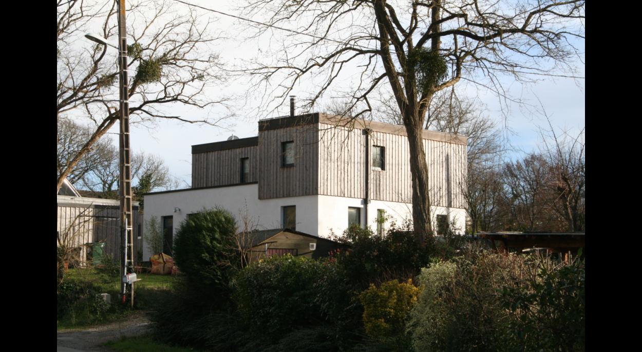 Maison ossature bois, bardage Red cedar Breton, rez-de-chaussée monomur